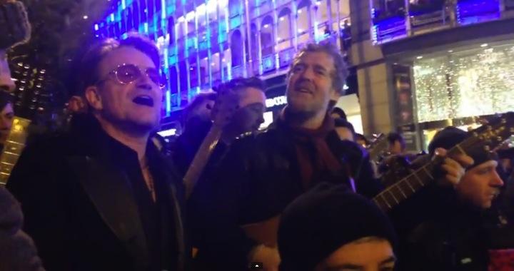 Bono Christmas Carols