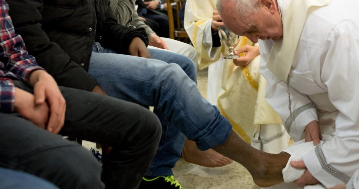 Pope Francis Foot Washing